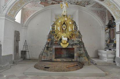 Das Heilige Grab am Gründonnerstag im Kloster Schöntal