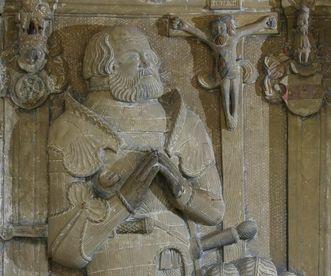 Das Grabmal von Ritter Götz von Berlichingen im Kloster Schöntal